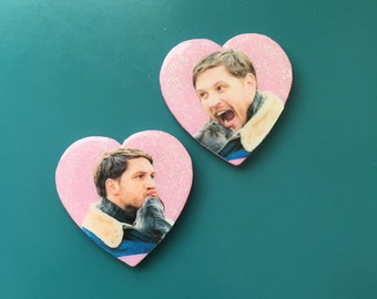 TOM HARDY + PUPPY: pins or magnets
