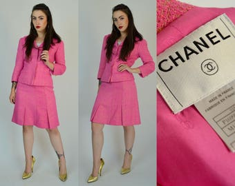 656a60581a7f Chanel skirt suit