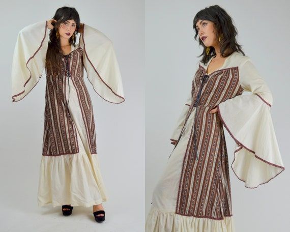 MEDIUM LARGE 1970s Angel Sleeve Bohemian Maxi Dres
