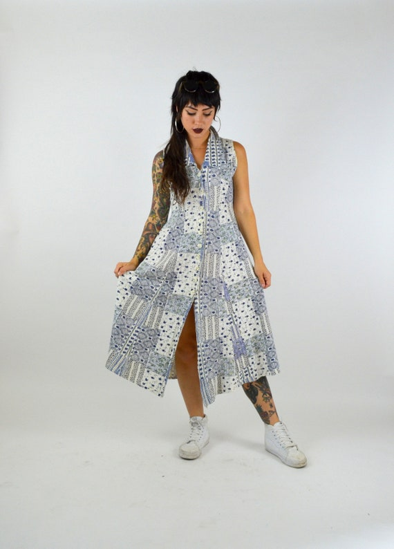 1990s White Cotton Floral Maxi Dress Vintage Butto