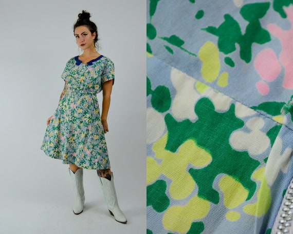 MEDIUM 1940s Cotton Day Dress Vintage Floral Shir… - image 1