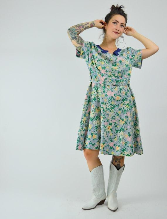 MEDIUM 1940s Cotton Day Dress Vintage Floral Shir… - image 5