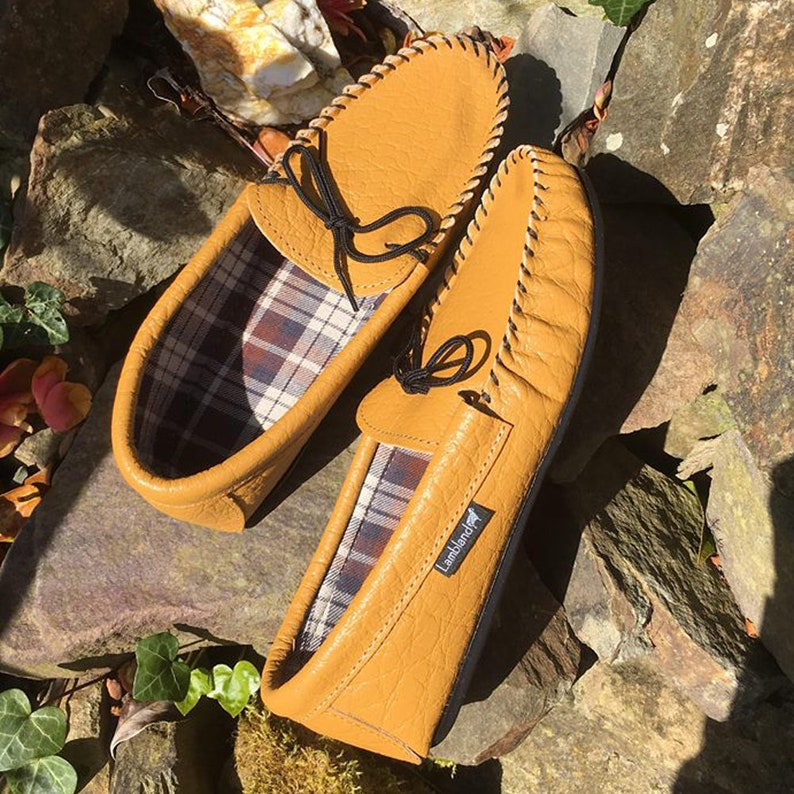 cc62d0db695 Mens Handmade Fabric Cotton Lined Leather Moccasin Slippers