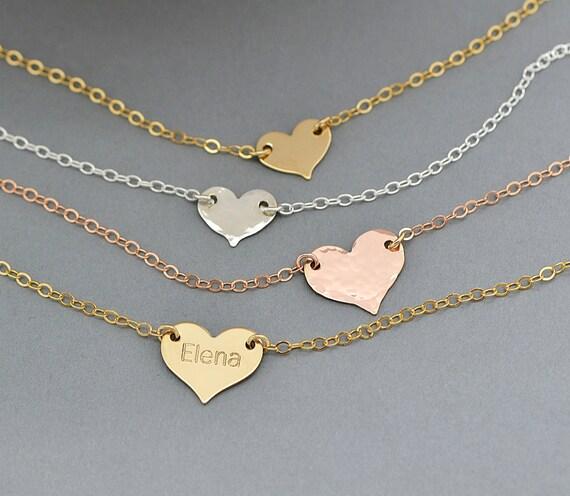 252f72dfdd3a Zierliche Herz-Halskette personalisierte gravierten   Etsy