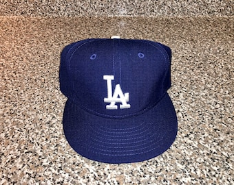 10a5a2ba439 Vintage 1990s Los Angeles Dodgers New Era Hat 6 3 4 fitted snapback