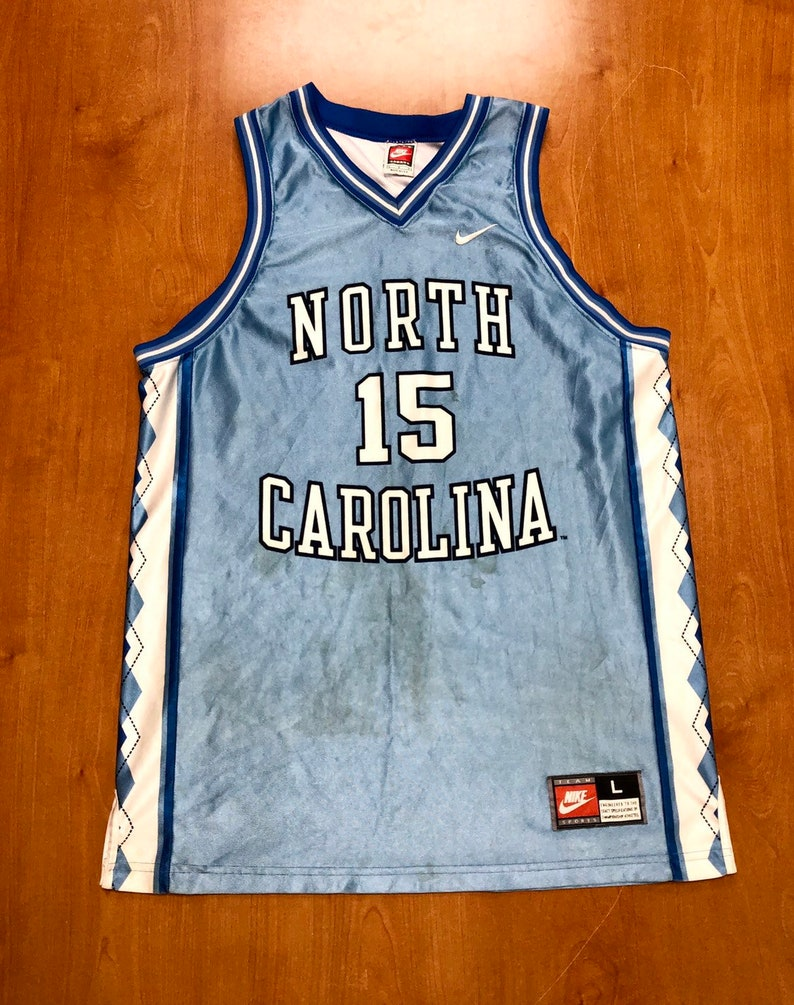 wholesale dealer aa344 a5668 Vintage 1995 - 1997 Vince Carter UNC Tarheels Nike Jersey Size Large north  carolina michael jordan brad daugherty rasheed wallace stackhouse