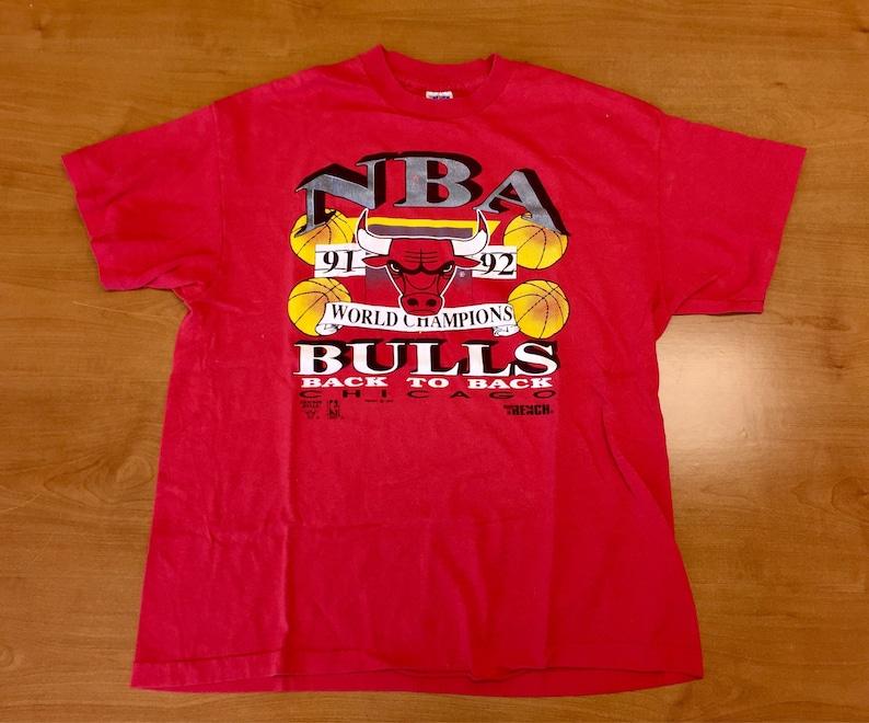 70e8006b2629 Vintage 90s Chicago Bulls Champs T-Shirt tee champions nba