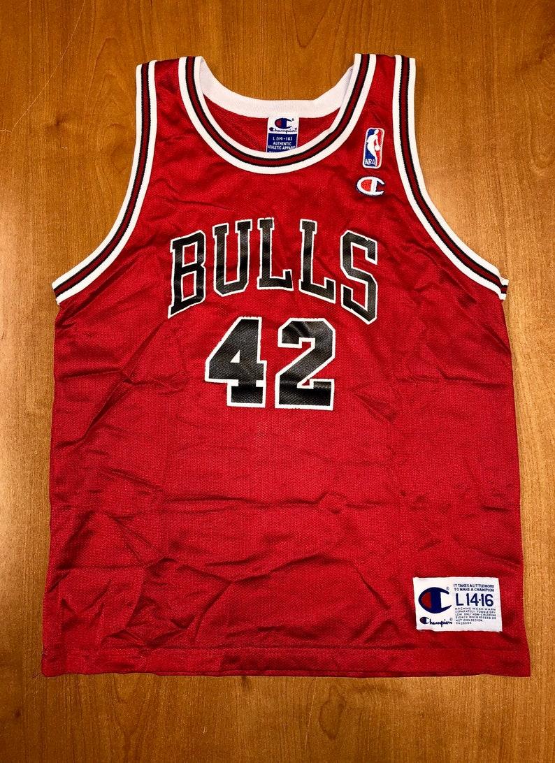 ad67c02d1 Vintage 1998 Elton Brand Chicago Bulls Champion Jersey Size Youth L nba  finals hat shirt scottie pippen authentic Michael Jordan duke
