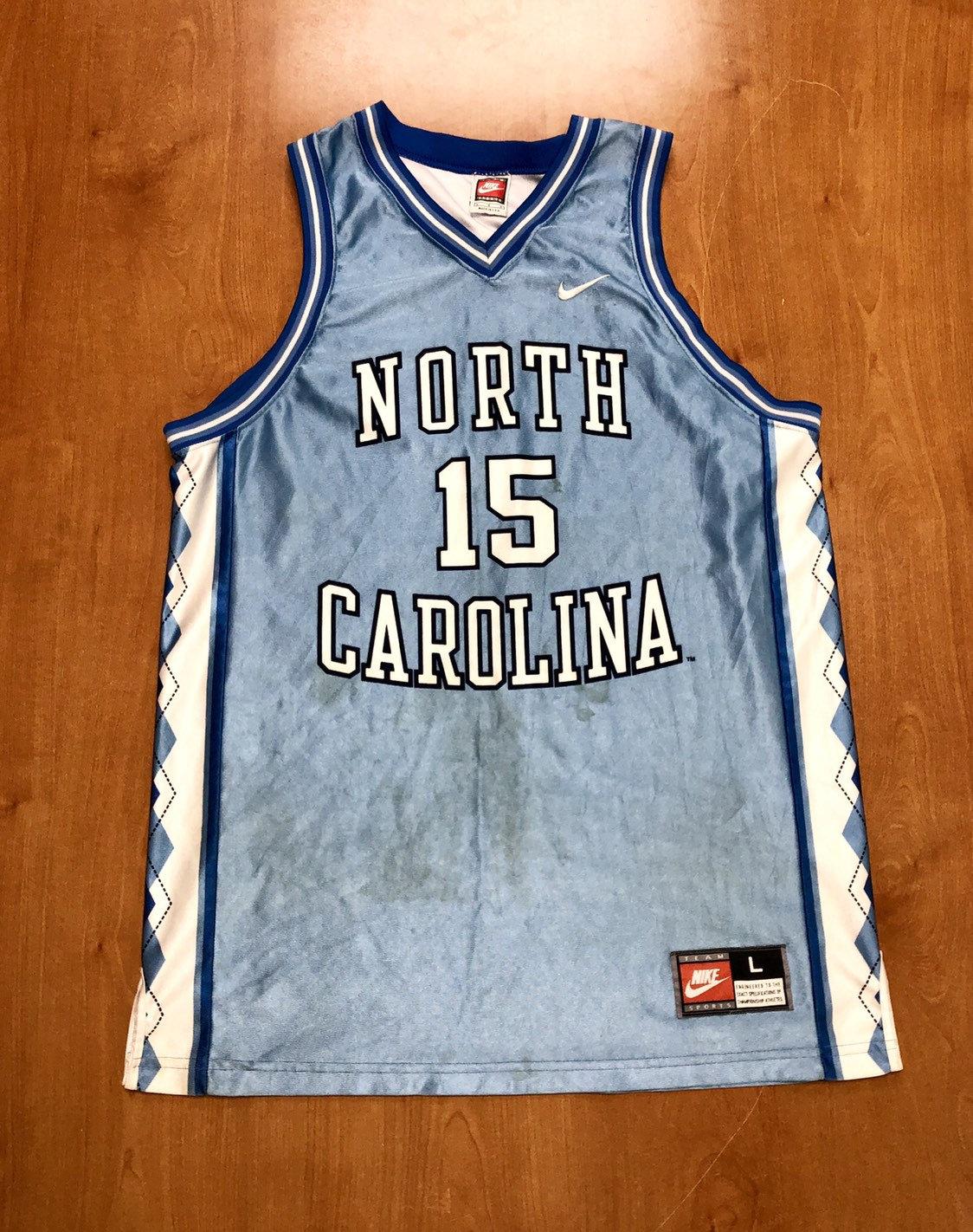 39f5eb9e0b6f Vintage 1995 1997 Vince Carter UNC Tarheels Nike Jersey Size