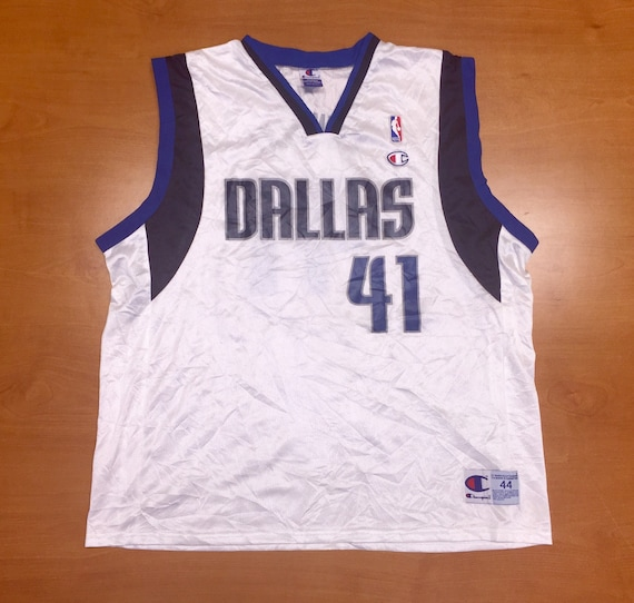 Vintage 1990s Dirk Nowitzki Dallas Mavericks Champion Jersey  9db592aea