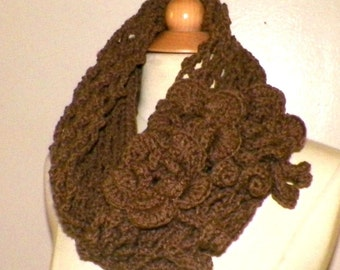 Brown Infinity Scarf Cowl Traditional Irish Lace Circle  Mesh Chunky Neckwarmer Winter With Flower Brooch Long