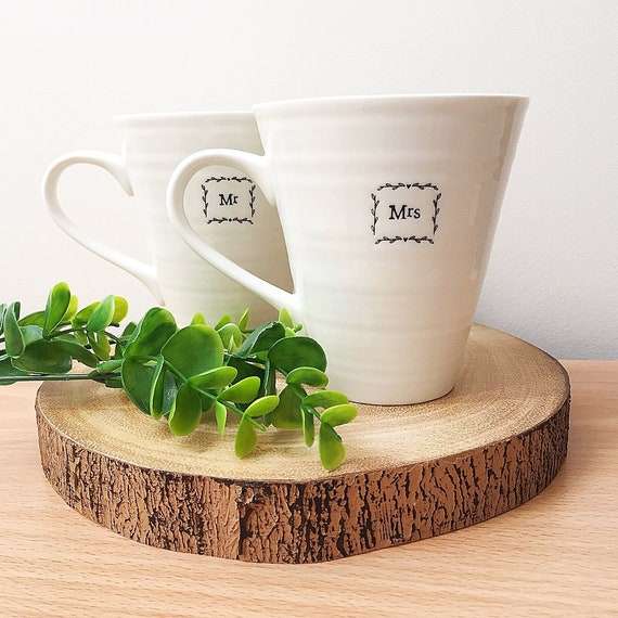 Mr and Mrs mug set, engagement gift for couple