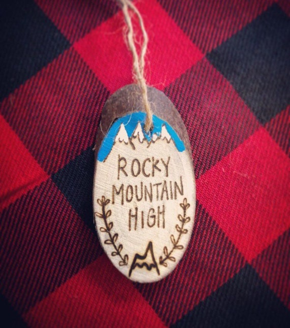 Ornament/Rocky Mountain High/Colorado/Made in Colorado/Colorado Columbine/Colorado Christmas/Wood burned ornaments/Colorado wood disc