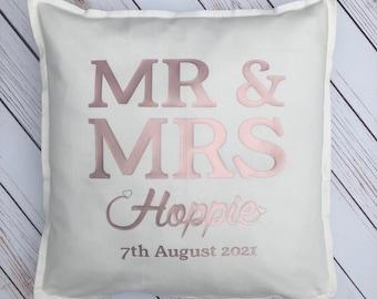 Wedding Gift, Personalised Wedding Gift, Personalised Cushion, Mr and Mrs , Newlyweds Home Decor, Personalised Home Decor, Wedding Day,