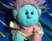 Vintage 1980s Playskool 1989 Hobnobbins COUSIN MANNERS cartoon tv character colorful nostalgic eighties cuddly bear troll trolls plushie toy