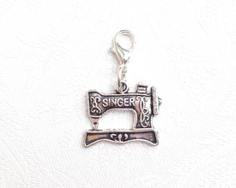 Progress Keeper with Vintage Sewing Machine Silver Toned Charm / Crochet Stitch Marker / Zipper Pull