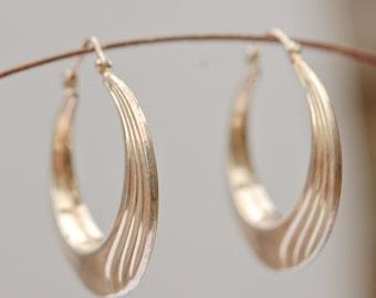 Fine Silver Vintage Earrings. Art Nouveau design.
