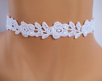 White lace choker  1ffd2c11238c