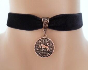 velvet choker, taurus choker, taurus necklace, stretch ribbon, black velvet, zodiac