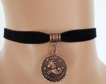 velvet choker, capricorn choker, capricorn necklace, stretch ribbon, black velvet, zodiac, copper tone