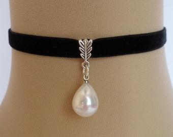 pearl velvet choker, black velvet choker, stretch ribbon