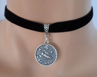 velvet choker, scorpio choker, scorpio necklace, stretch ribbon, black velvet, zodiac