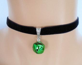 cat bell choker, black velvet choker, elasticated ribbon, green jingle bell