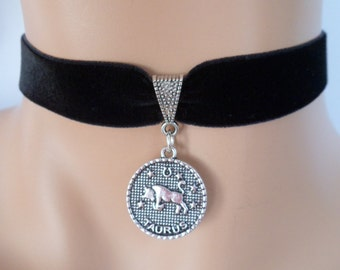 velvet choker, taurus choker, taurus necklace, stretch ribbon, black velvet, star sign, zodiac charm