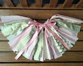 Pink and Gold Fabric Strip Shabby Tutu, Pink and Gold Tutu, Rag Tutu, Fabric Tutu, Birthday Tutu, Toddler Tutu, Fabric Strips Tutu, Shabby