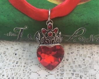 Evie Heart Choker Necklace / Descendants 2 / Red Crystal
