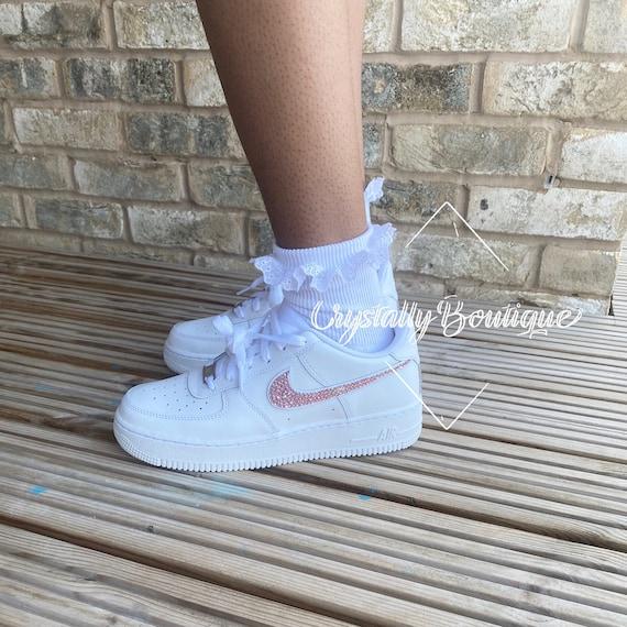 white trainers junior size 3