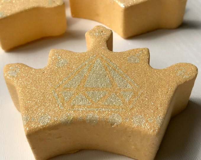 3 x Crown Bath Bombs - kinder to sensitive skin