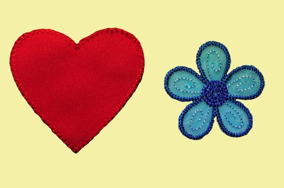 Blue Embroidered Organza Daisy Flower Sew On Floral Patch Applique DIY by Piece