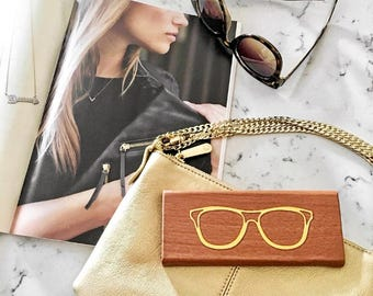 Brown Foldable Hardback Sunglass & Eye Glass Travel Case: Gold Foiled Design