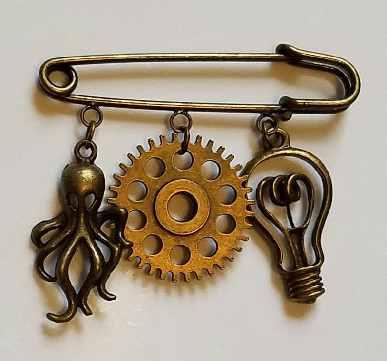 Bronze Steampunk Kilt Pin Steampunk Kap Frosch Cthulhu Kilt Etsy