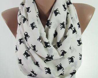 Cat Scarf Mothers Day Gift For Mom Pet Gift For Her Gift For Women For Cat Mom Cat Lover Gift Cat print Infinity Scarf Gift For Pet Lover