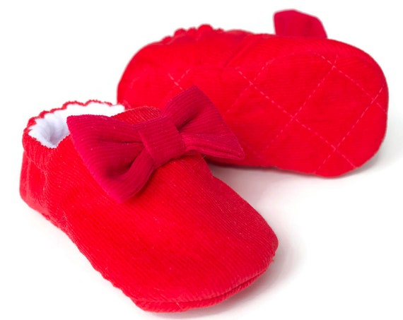 baby girls shoes, baby shoes girls, Colour Clash baby girls shoes. Red shoe with pink bow, corduroy baby shoe.