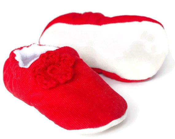 SALE Baby shoe, baby shoe girls, baby girls shoe, red shoe, Red  soft corduroy pre walker & Toddler shoe with crochet flowers