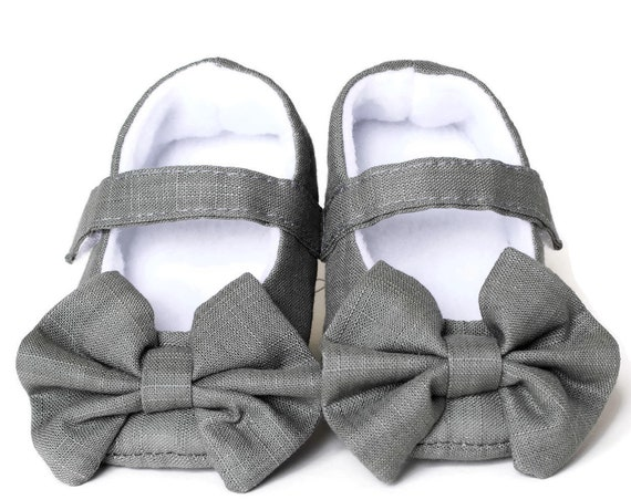 Baby girls shoe, baby Mary Jane, Khaki Green Mary Jane soft sole baby girl shoes, with over sized bow