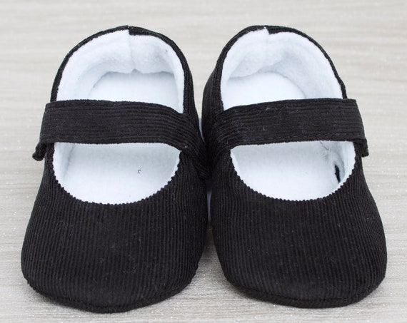 Baby shoes, baby girl shoes, Black shoes, baby mary Jane, Black baby shoe, Black corduroy Mary Jane girls shoe.