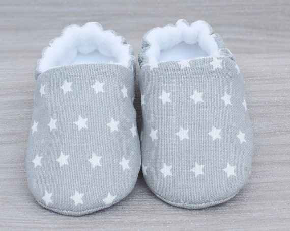 Boys shoe, baby shoe, baby shoe boys, light grey with white stars, Baby shower gift for boys, new baby gift. star shoes.