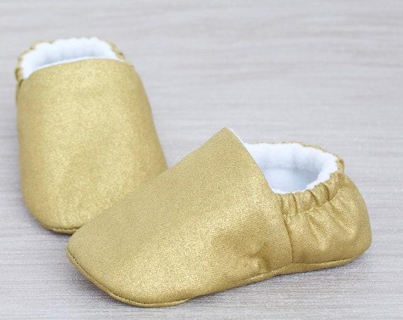 Baby shoe, baby shoes girls, baby girls shoe, girls shoe, gold baby shoe, baby shower gift, gold christmas shoe.