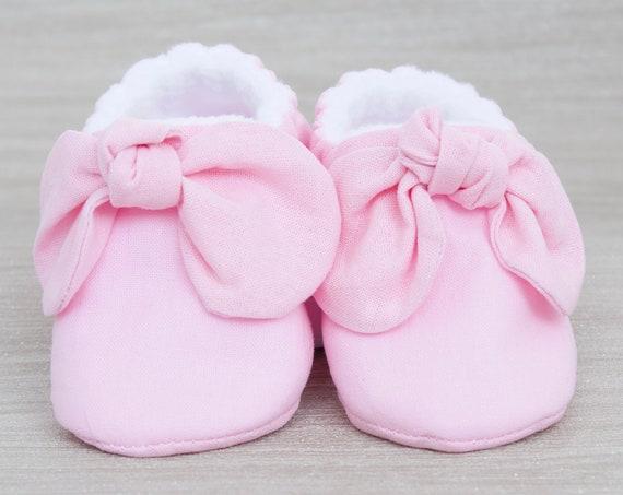 Baby shoe, Pink baby shoe, baby shoe girls, baby girls shoe baby pink knot bow mocc, baby shower gift.