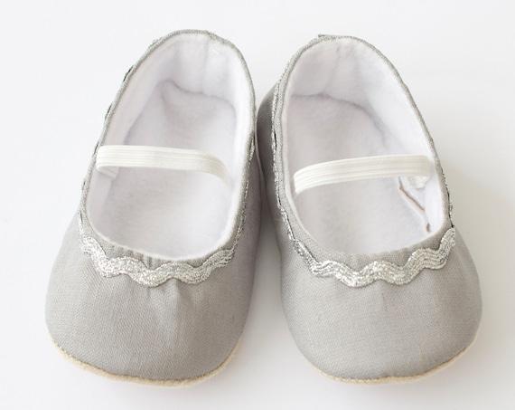 baby girl shoe, baby shoe ballet flat, grey baby girl shoe, girls shoe, baby ballet flat with silver rick rack,