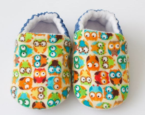 Baby boy shoes, owls shoes, baby shoes, christmas baby,, baby shoes, baby shoes boy.