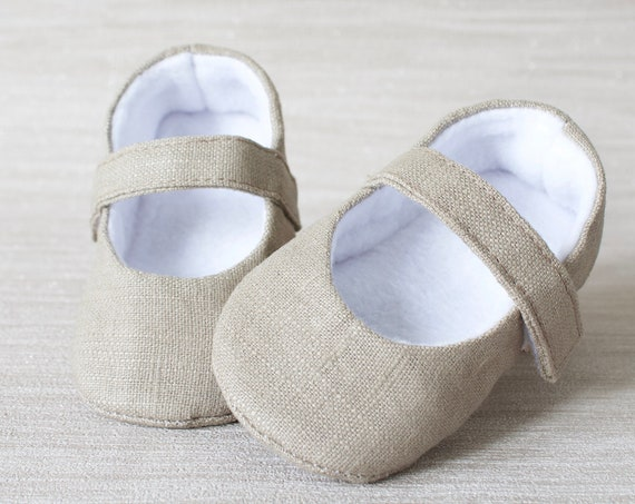 Baby shoes, baby girl shoes, Taupe linen shoes, baby Mary Jane, Taupe baby shoe,  Mary Jane girls shoe.