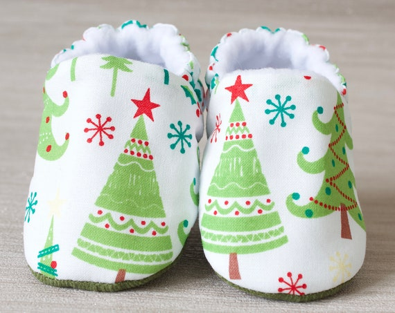 Baby shoes, Christmas shoes, baby girls shoe, Christmas gifts baby shoe Green and white, Christmas trees.