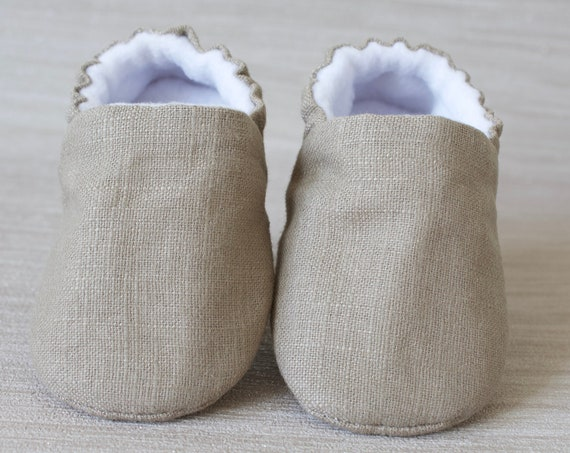 Baby shoes, baby shoes boys, baby Girls shoes,Taupe shoes, Taupe boys shoes, baby shower, baby gift.