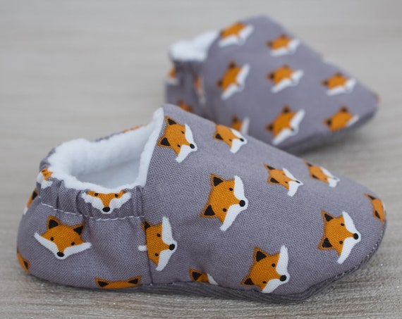 Baby boys shoes, baby shoe, baby shoes boys, Grey fox face shoe, toddlers and pre walker shoes, baby shower gift.