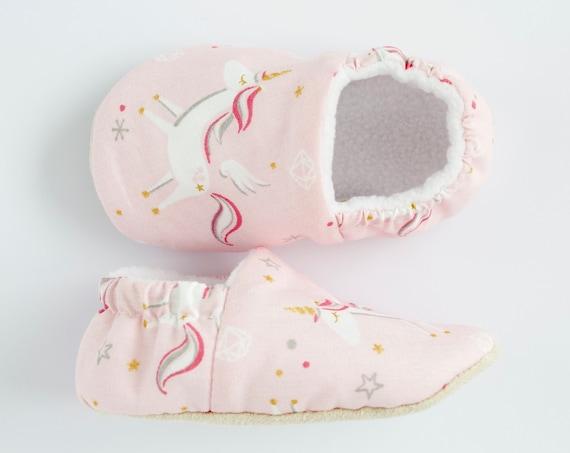 Baby shoe, pink shoe, baby girls shoe, baby shoe girl, girls shoes, pink unicorn baby shoes,